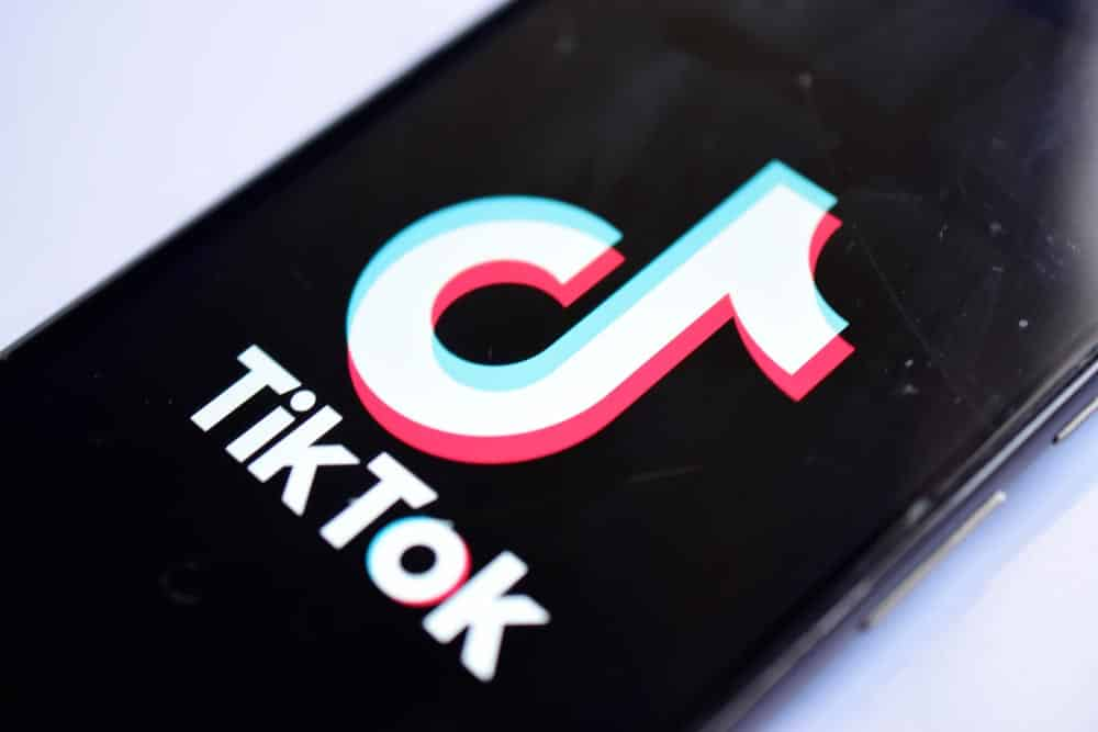 Buy TikTok fans: The pros and cons that you should consider